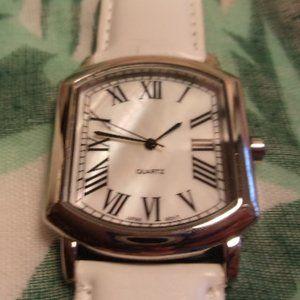 Quartz Wrist Watch With White Band Japan Movement